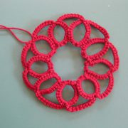 Momcat Monday-Needle Tatting #6 (Ruffled Dahlia).